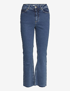 Travis Cropped Jeans - boot cut jeans - blue wash