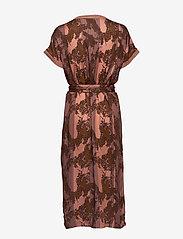 NÜ Denmark - Capri Dress - robes longeur du midi - dusty coral mix - 1