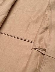 NÜ Denmark - Camas Jacket - trenchcoats - camel - 4