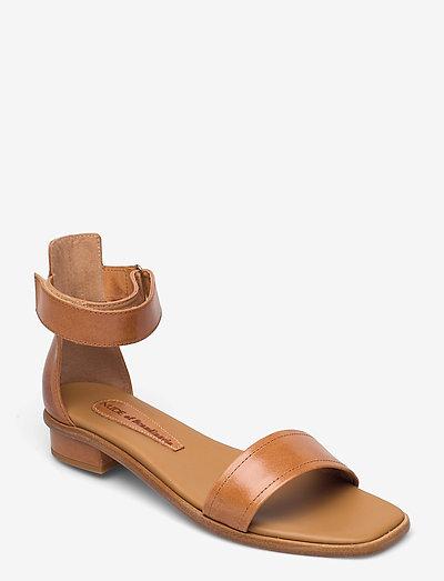 TINDRA - platta sandaler - tequila/cuoio