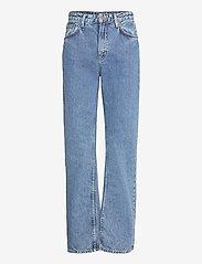 Nudie Jeans - Clean Eileen - straight regular - gentle fade - 1