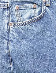 Nudie Jeans - Clean Eileen - straight regular - gentle fade - 5