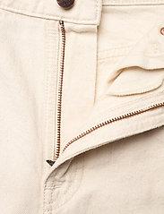 Nudie Jeans - Breezy Britt - straight regular - dusty white - 5