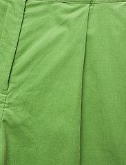 nué notes - Essy Shorts - bermudas - forrest green - 2