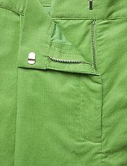 nué notes - Essy Shorts - bermudas - forrest green - 3