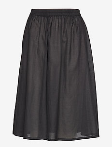 Diana Skirt - BLACK
