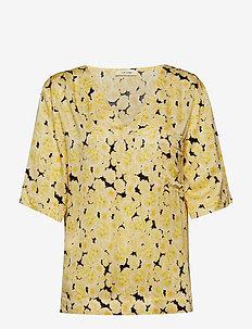 Ellen T-Shirt - YELLOW CREAM