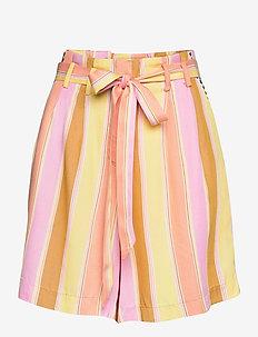 NUCAMELLIA SHORTS - paper bag shorts - snapdragon