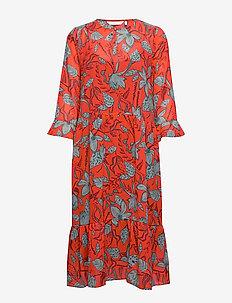 NUAALIA DRESS - do kolan & midi sukienki - fiery red