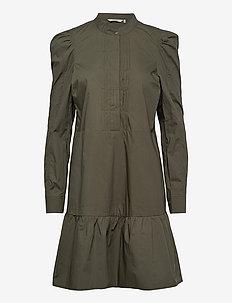 NUBEATRIZ DRESS - skjortklänningar - deep depht