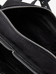 Nunoo - Ellie Recycled Canvas - väskor - black - 3