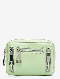 105 smooth - wallets - mint
