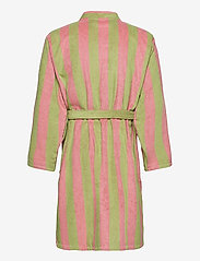 OAS - The Berry Robe - bedrok - pink - 1