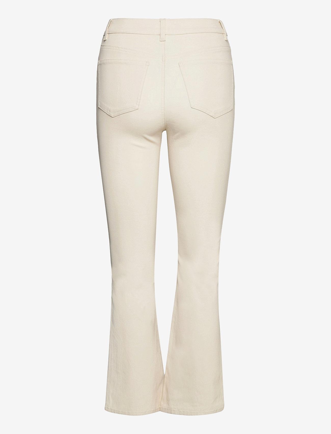 Object - OBJBELLE MW 7/8 COATED FLARED PANT SC - flared jeans - sandshell - 1