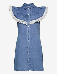 Object - OBJATHENA S/L DRESS - paitamekot - light blue denim - 0