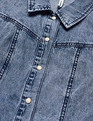 Object - OBJAYA DENIM SHIRT 114 - denim jackets - light blue denim - 2
