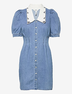 OBJZOE 2/4 DENIM DRESS - summer dresses - medium blue denim