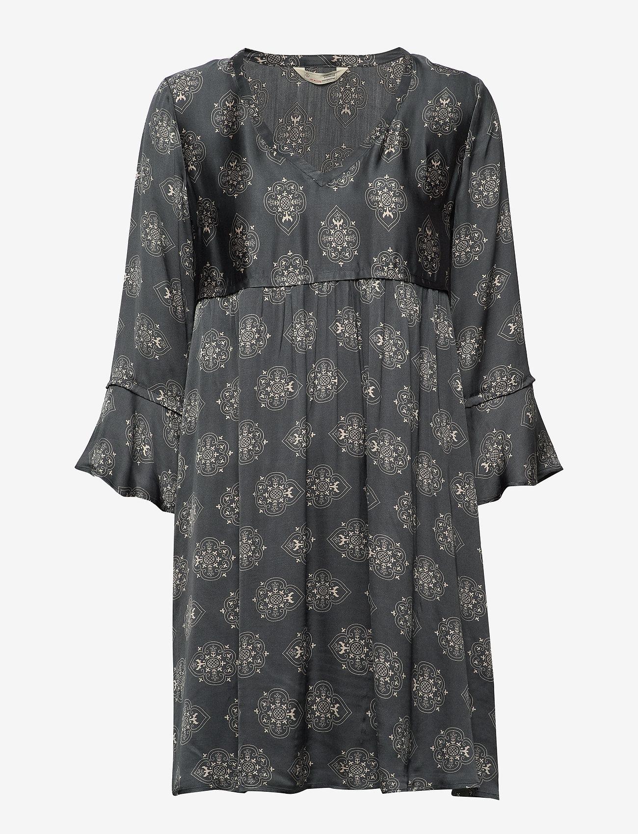 ODD MOLLY My Medallion V-Neck Dress - Sukienki DARK SHADOW - Kobiety Odzież.
