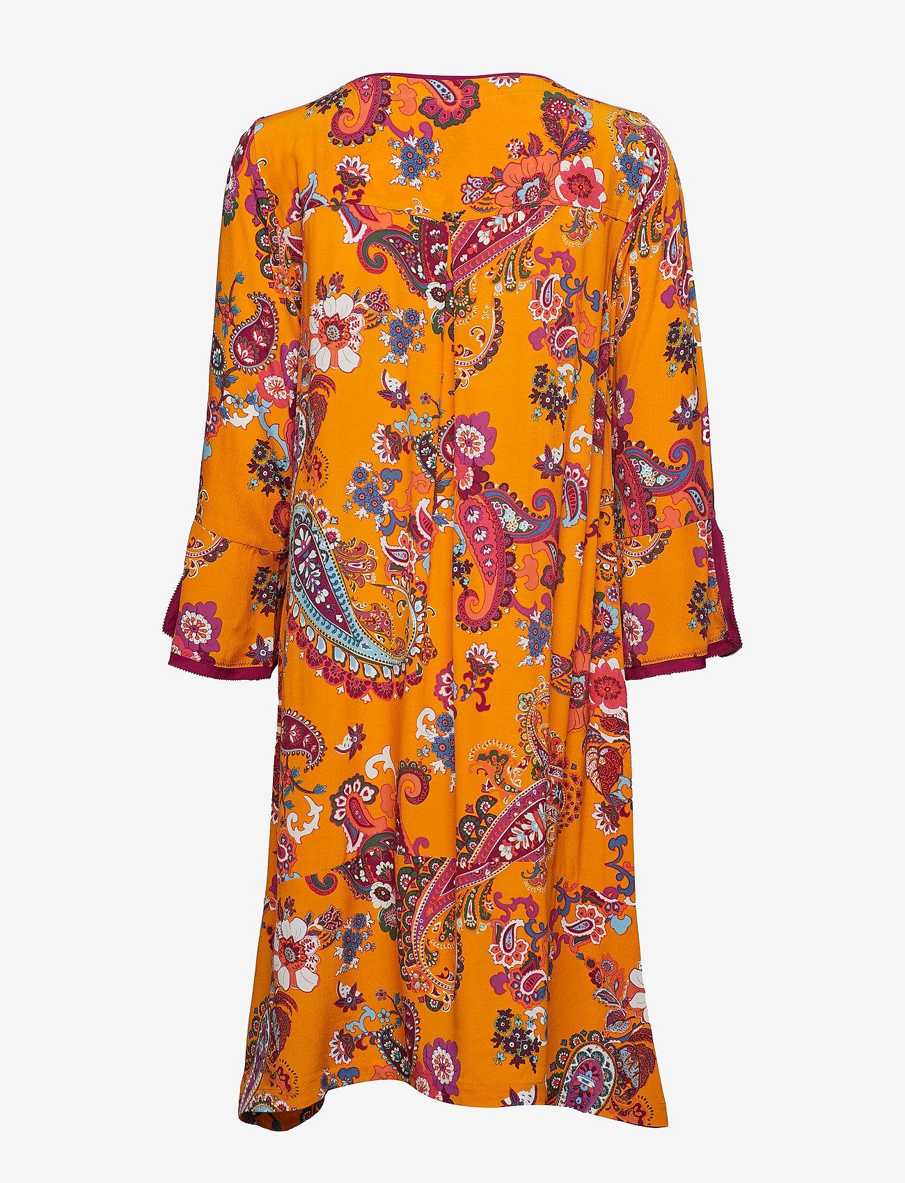 ODD MOLLY knock-off dress - Sukienki GOLDEN HONEY - Kobiety Odzież.