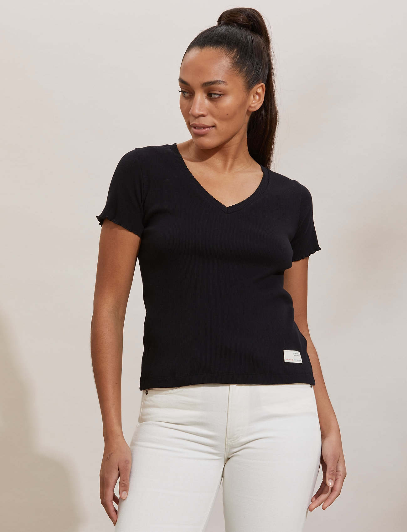ODD MOLLY - Lynda Top - t-shirts - almost black - 0