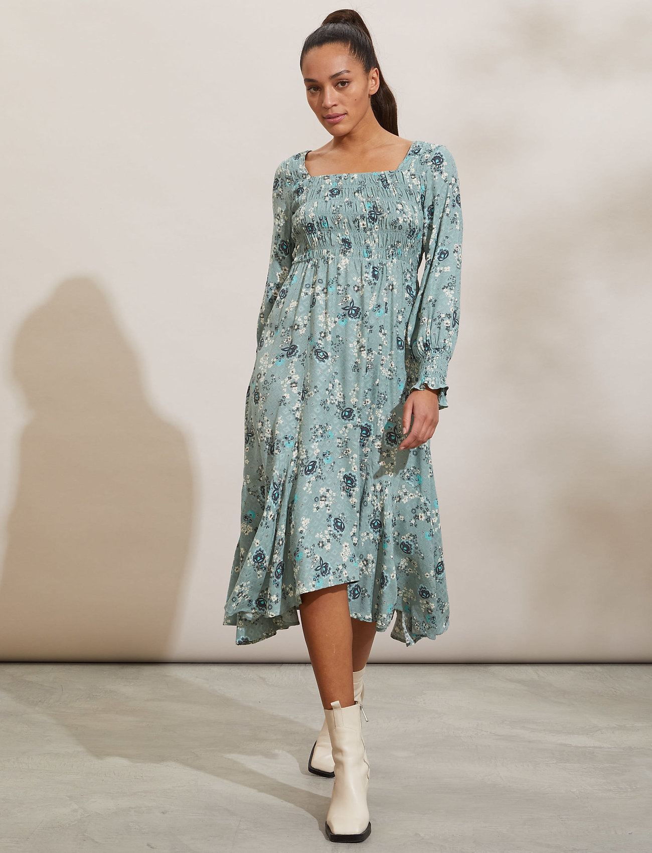 ODD MOLLY - Lisa Dress - hverdagskjoler - light cargo - 0