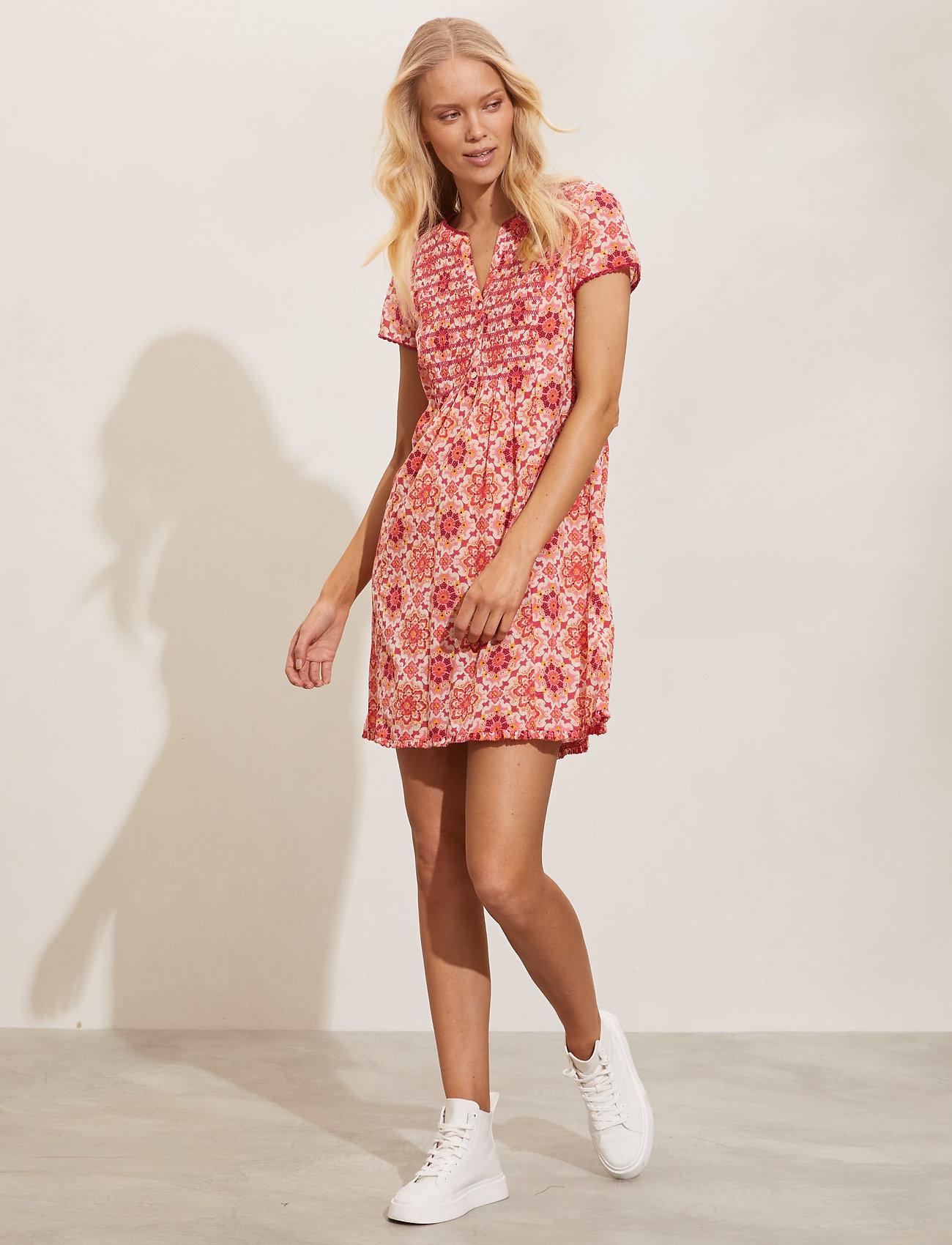 ODD MOLLY - Myrtle Short Dress - sommerkjoler - pink fudge - 0