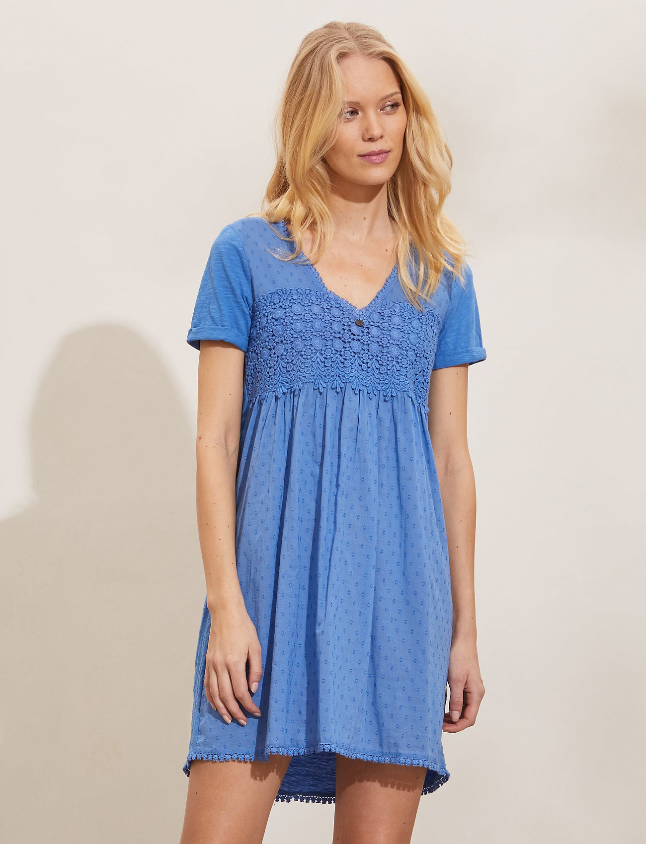 ODD MOLLY - Finest Embroidery Dress - sommerkjoler - vivid blue - 0