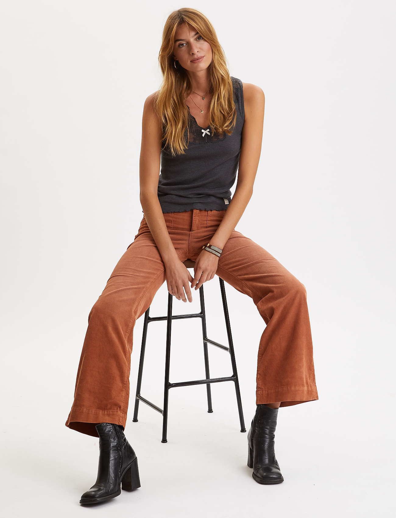 ODD MOLLY Living All The Way Pant (Golden Brown), 957