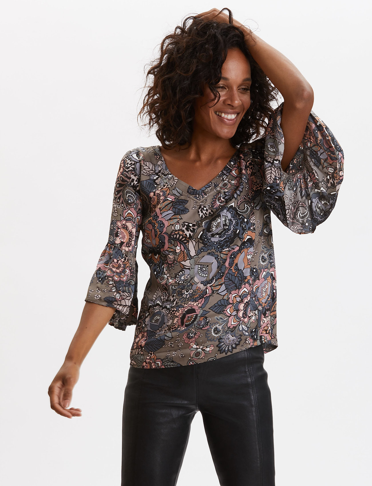 ODD MOLLY - Extravaganca Blouse - blouses à manches longues - walnut brown - 0