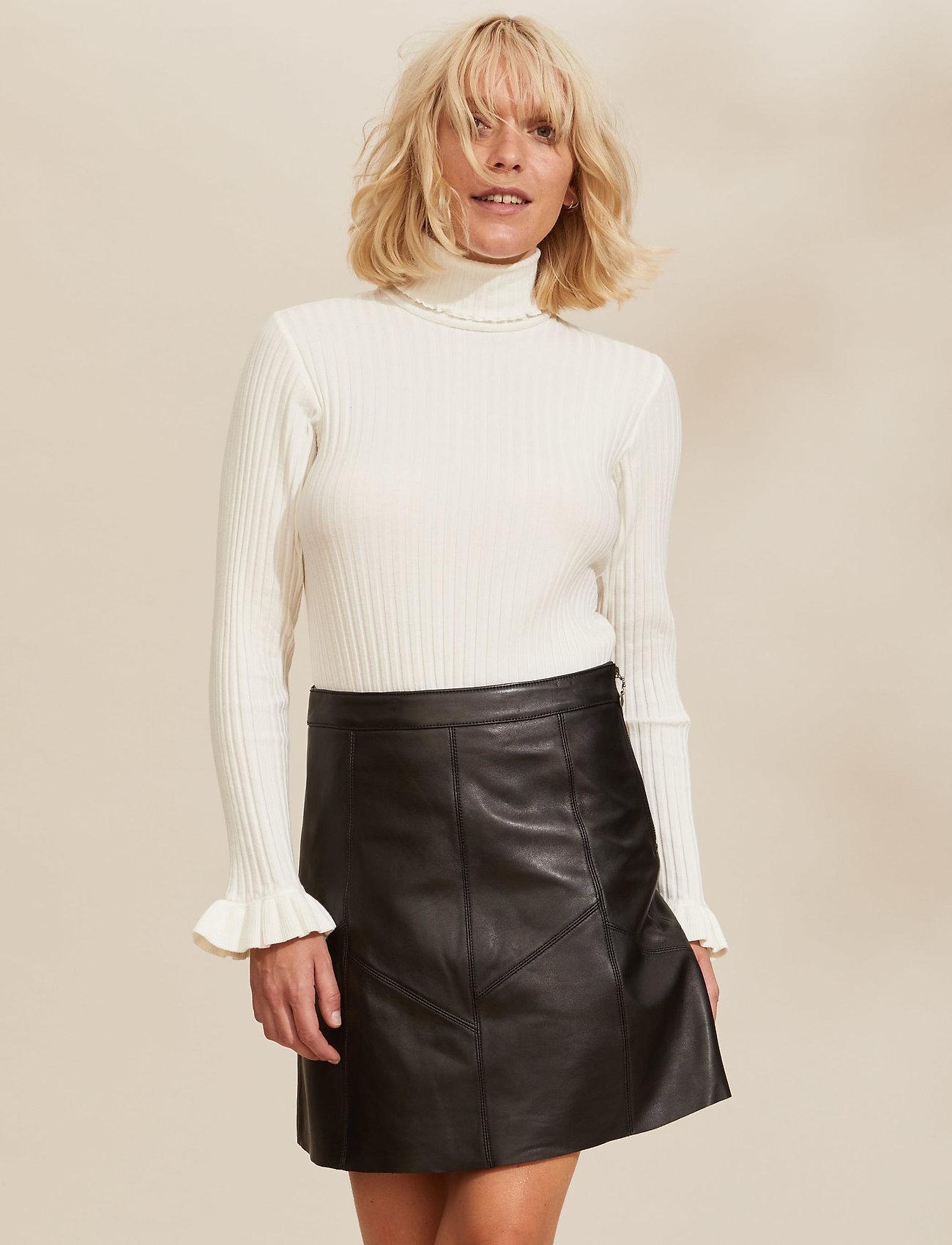 ODD MOLLY - Victoria Leather Skirt - korte nederdele - almost black - 0