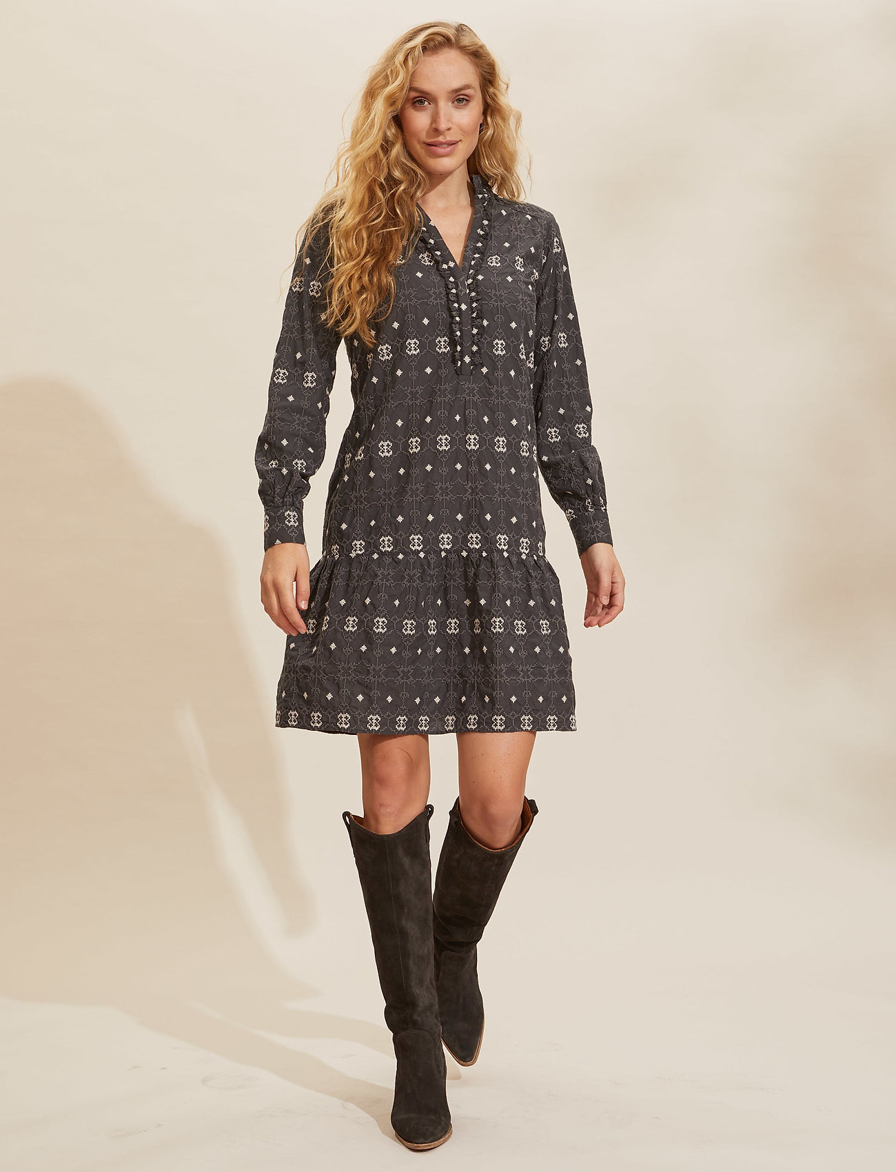 ODD MOLLY - Célia Dress - hverdagskjoler - asphalt - 0