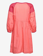 ODD MOLLY - Jill Dress - sommerkjoler - living coral - 2