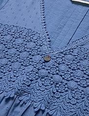 ODD MOLLY - Finest Embroidery Dress - sommerkjoler - vivid blue - 3