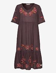 ODD MOLLY - Free The Flower Dress - midi kjoler - brown ash - 0