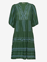 ODD MOLLY - Mariah Dress - midiklänningar - tropical green - 0