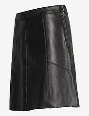 ODD MOLLY - Victoria Leather Skirt - korte nederdele - almost black - 3