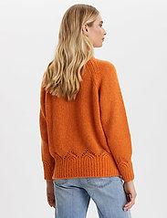 ODD MOLLY - Novelty Sweater - turtlenecks - sunset orange - 4