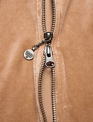 ODD MOLLY - Velouragenius Hood Jacket - pulls à capuche - chocolate cream - 5