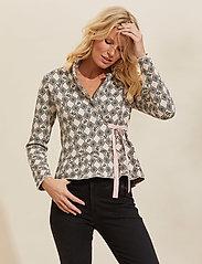 ODD MOLLY - Nicole Cardigan - casual blazere - light porcelain - 0