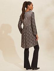 ODD MOLLY - Harper Dress - hverdagskjoler - asphalt - 3