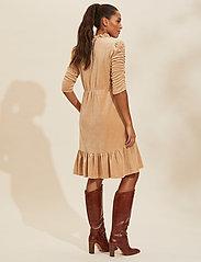 ODD MOLLY - Marion Dress - hverdagskjoler - soft taupe - 3