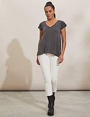 ODD MOLLY - Carole Top - t-shirts - asphalt - 0