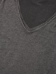ODD MOLLY - Carole Top - t-shirts - asphalt - 4