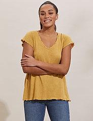 ODD MOLLY - Carole Top - t-shirts - golden biscotti - 0