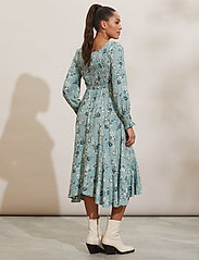 ODD MOLLY - Lisa Dress - hverdagskjoler - light cargo - 4