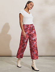 ODD MOLLY - Jacqueline Pants - casual bukser - cranberry - 0