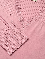 ODD MOLLY - Joni Sweater - trøjer - pink mauve - 4