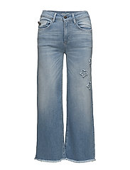 jazzy jeans
