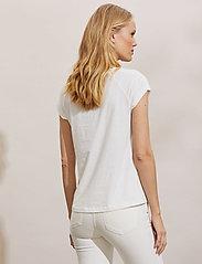 ODD MOLLY - Beth Top - t-shirts - light chalk - 4