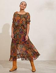 ODD MOLLY - Flora Skirt - maxi nederdele - apricot tan - 0
